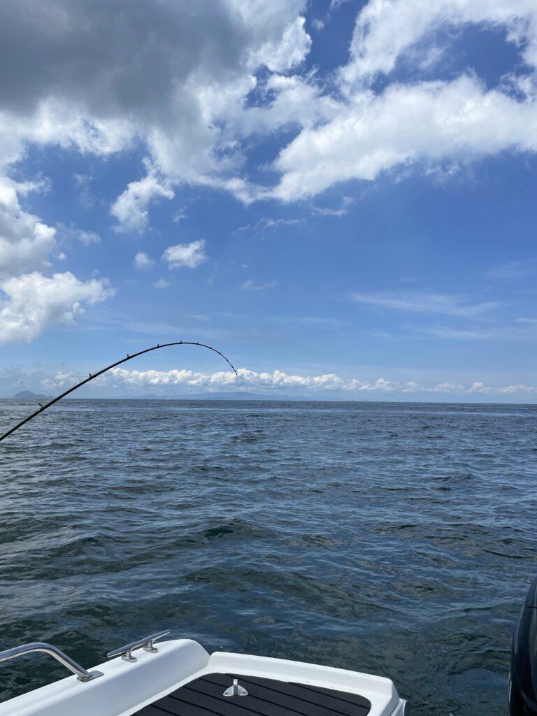 ARCADIA号LOGBOOK 7月31日 DAY17 ジギング は諦めてサビキ釣り。